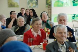Группа компаний «АБС Электро» поздравила ветеранов с 69-ой годовщиной со Дня Победы(4)